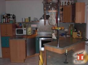 origineller Verlauf der Küchenplatte macht Küchen zum Unikat